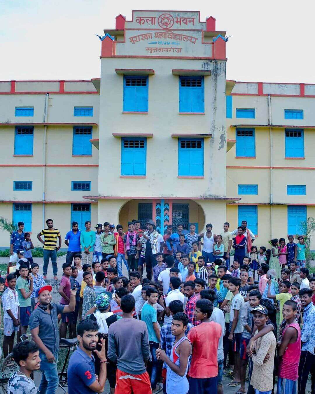 Image of Adarsh Anand in Fan meetup at Murarka College Sultan Ganj