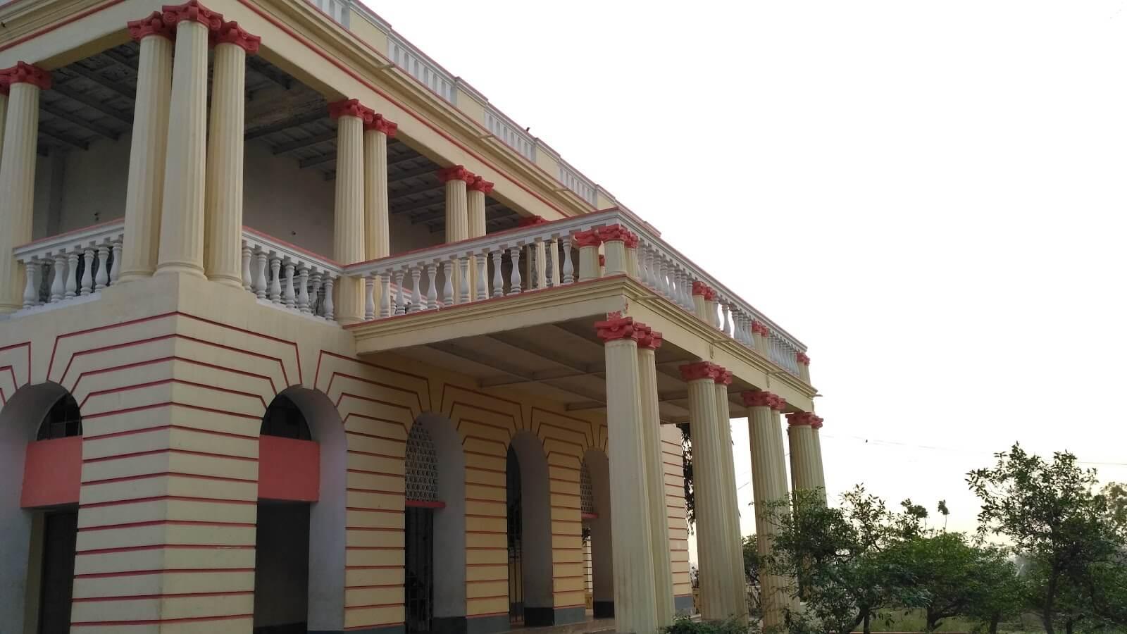 Rabindra bhawan side view